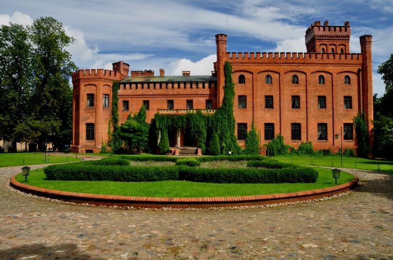Zwiedzamy Pomorze: Zamek Jan III Sobieski w Rzucewie